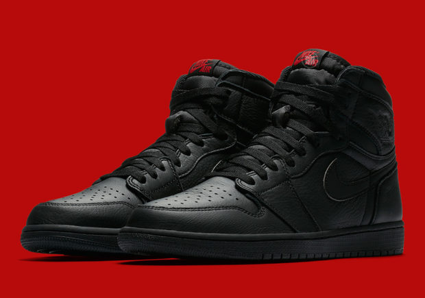Yes, it's about Jordan I's. Can you blame us? Just look at the beautiful  shoes in the image above. The clean, smooth all-black colorway.